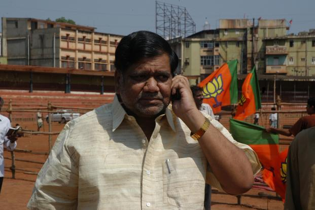Jagadish Shettar's government is in danger of facing a no-confidence motion from the opposition during the upcoming winter session