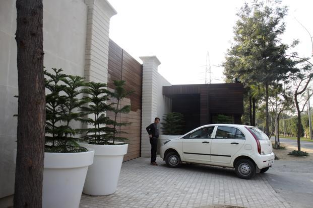 A file photo of Ponty Chadha's farmhouse in south Delhi. Photo: Hindustan Times