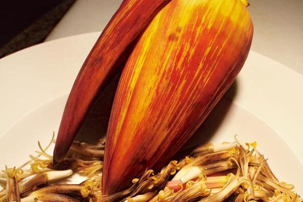 A banana flower, ready to be prepared by sous chef Mandar Madav of Lotus Café, JW Marriott, Mumbai, as the dish Kelphulachi Bhaji. Photo: Gopal MS/Mint.