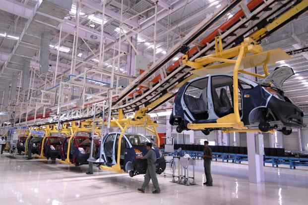The Jamshedpur plant of the Tata Motors produces heavy commercial vehicles, besides engine and, cab and cowl. Photo: Mint
