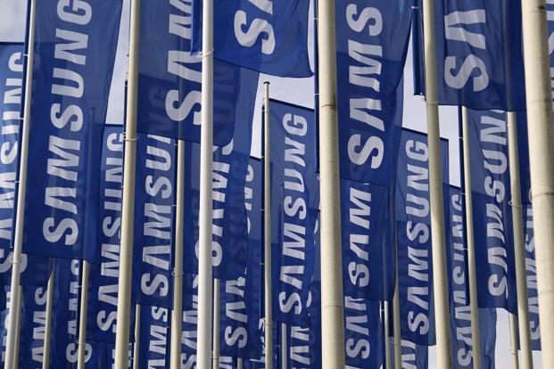 While the Android-based camera not the first to the market, Samsung's financial and marketing clout suggest it could be the biggest threat to Japanese domination of a digital camera industry. Photo: Reuters