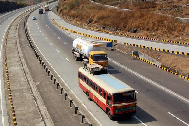 A file photo of the Mumbai-Pune highway. The industrialization of what were fields about six decades ago began with the coming of automobile companies such as Tata Motors, Bajaj Auto and Force Motors. Photo: Mint
