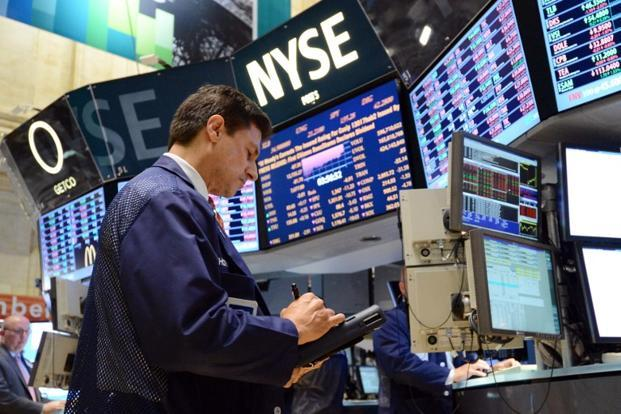 US equity investors focused on domestic news, driving shares higher after stronger-than-expected sales from McDonald's Corp while awaiting any sign of progress in budget talks in Washington to avert looming tax hikes and spending cuts. Photo: AFP