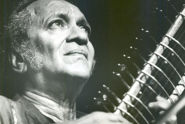 Winner of the Bharat Ratna in 1999, Pandit Ravi Shankar had received three Grammy Awards during the course of his illustrious career. Photo: HT