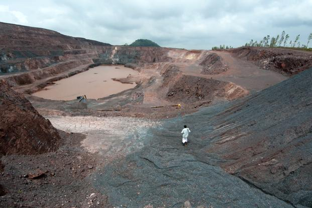India's production of iron ore is estimated to fall to 90-100 mt in the current fiscal from an average of 200 mt in the past years, analysts have said. Photo: Aniruddha Chowdhury/Mint