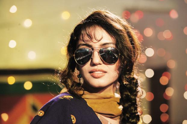 Huma Qureshi's untamed tresses, aviator sunglasses, fuchsia lips showed trends alone don't amount to style chutzpah