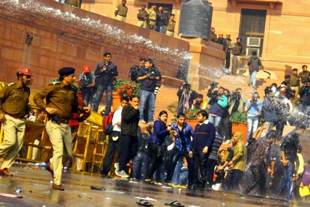 Police also unleashed water cannons on the protestors both on Saturday and Sunday. Here abandoned foootwear points to the hasty retreat of the protestors who were however back soon. Pooja Chaturvedi/Mint