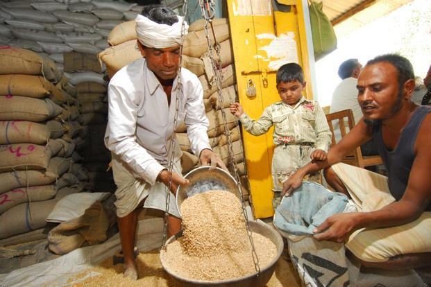 The Chhattisgarh food security Bill seeks an overhaul of the entire public distribution system by computerizing it and thereby making it transparent. Photo: Mint
