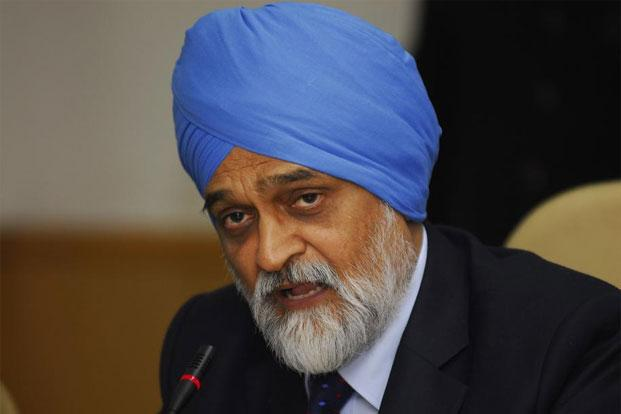 A file photo of Planning Commission deputy chairman Montek Singh Ahluwalia. Photo: Priyanka Parashar/Mint