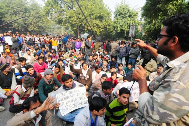 Protesters demanding justice for gang rape victim during a demonstration at Jantar Mantar in New Delhi. Photo: Ramesh Pathania/Mint