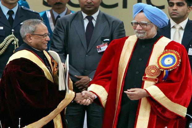 President Pranab Mukherjee (left) and Prime Minister Manmohan Singh at the inaugural session of the 100th Indian Science Congress in Kolkata on Thursday. Photo: PTI