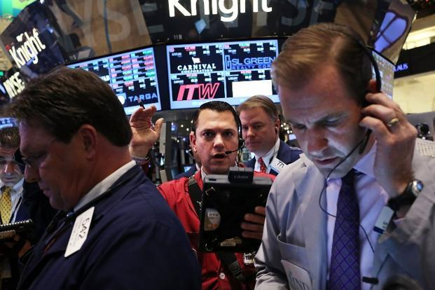 The Dow Jones industrial average dropped 50.92 points, or 0.38%, to 13,384.29. The Standard & Poor's 500 Index fell 4.58 points, or 0.31%, to 1,461.89. Photo: AFP