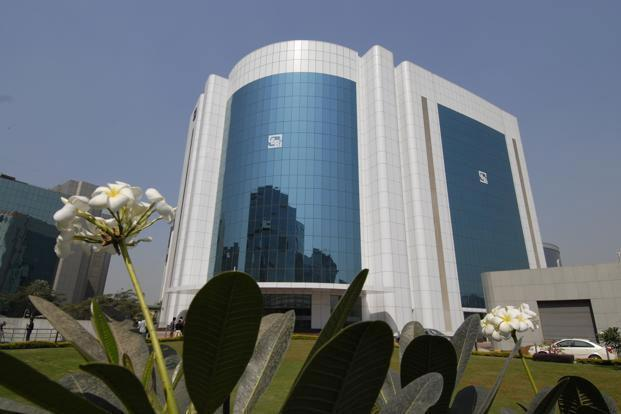 Bajaj Finance had filed draft documents with Sebi in November to raise up to `750 crore through a rights issue. Photo: Abhijit Bhatlekar/Mint