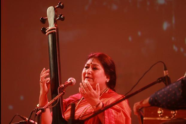Shubha Mudgal—along with Anindo Bose and Aalok Shrivastav—has created a special song dedicated to the physiotherapy student who was gang raped on 16 December in Delhi. Photo: HT