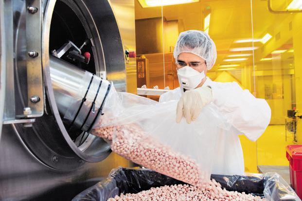 The most formidable challenge is undoubtedly to ensure that not only do the existing generic pharmaceutical producers pledge continued commitment to the industry, new investors should also feel motivated to commit to the development of the generic pharmaceutical industry in India. Photo: Bloomberg