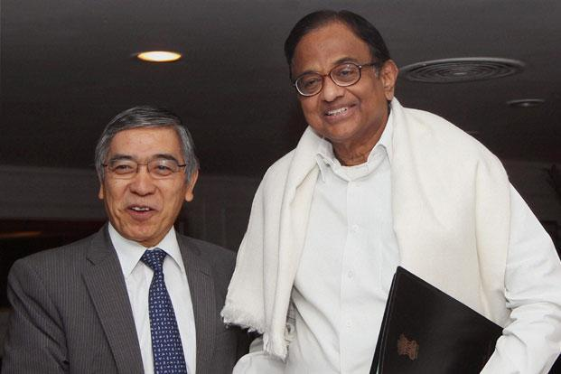 ADB president Haruhiko Kuroda (left) with finance minister P. Chidambaram in New Delhi. Photo: PTI