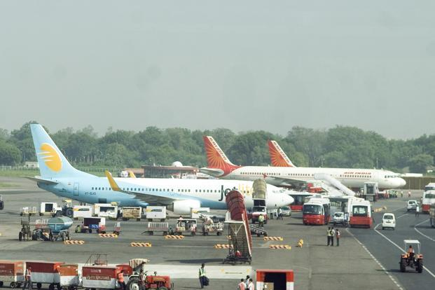 Jet fuel constitutes over 40% of an airline's operating costs and the increase in prices will add to the burden of cash-strapped airlines. Photo: Ramesh Pathania/Mint