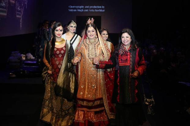 Ritu Kumar (Right) with Kirron Kher (Centre) and Diya Mirza during her show.