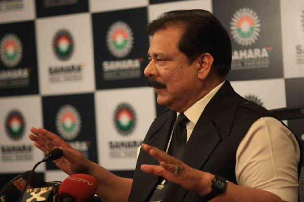 A file photo of Sahara group chairman Subrata Roy addressing the media during a press conference. Photo: Hindustan Times