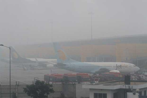 The lowest visibility at Delhi Airport is likely to remain around 100m. Photo: Sanjeev Verma/Hindustan Times.