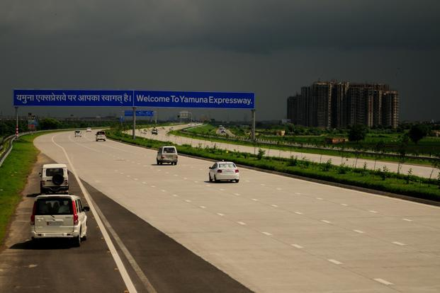 A file photo of Yamuna Expressway operated by Jaypee Infratech. Photo: Pradeep Gaur/Mint