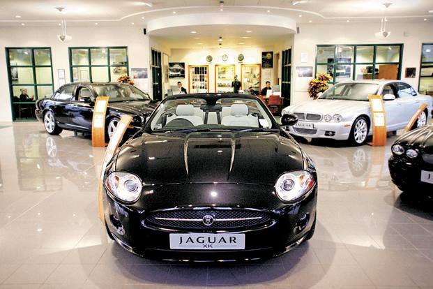 Jaguar Land Rover raised $500 million in fresh debt last month and said it would raise more money from the markets and banks to aid new product development and expand capacity. Photo: Graham Barclay/Bloomberg