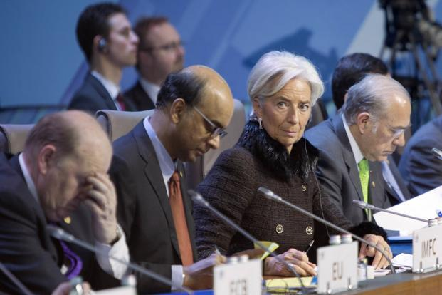IMF chief Christiane Lagarde (Secont Right) attends the summit of financial ministers and heads of central banks of the G20 group of nations ahead of their meeting in Moscow, Russia on Saturday. Photo: AP