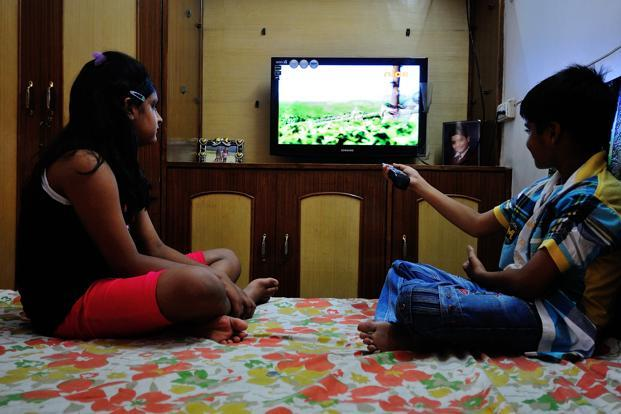can parents protect their children from tv violence essay