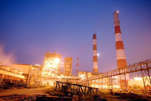The proposed power plant at North Karanpura in Jharkhand will be built at a pithead and the power will be generated by NTPC for about 35 years of plant life.