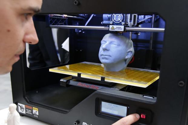 3D printer MakerBot Replicator 2 at the CeBit computer fair in Hanover. Photo: Reuters (Reuters)