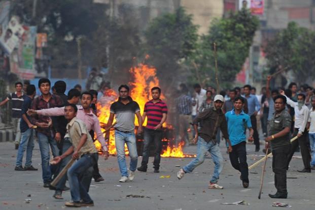Clashes, blasts mark B...