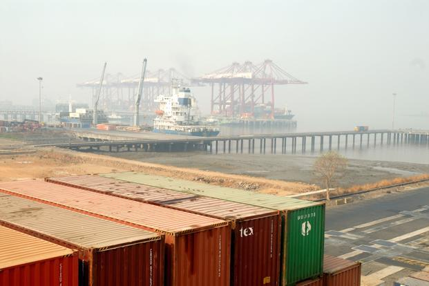 Even though the port sector has witnessed an increased pace of awarding of projects, execution challenges continue to plague the sector, Icra said. Photo: Mint (Mint)