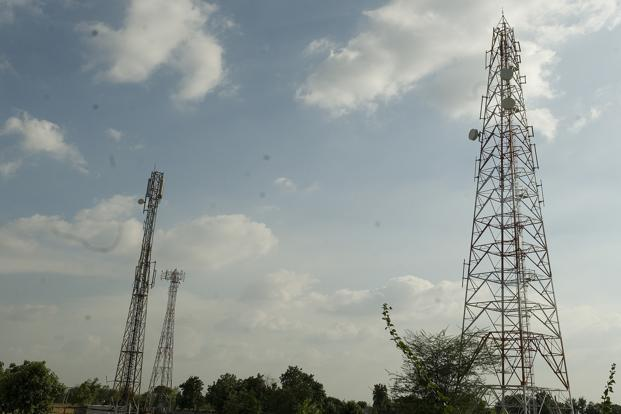 Bahrain's Batelco in talks to buy stake in Reliance Comm Unit