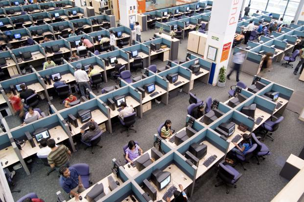 The contract renewals come at a time when seasoned customers of Indian IT services are more open to switching vendors, as increased competition for re-bids often tends to lower pricing. Photo: Mint (Mint)