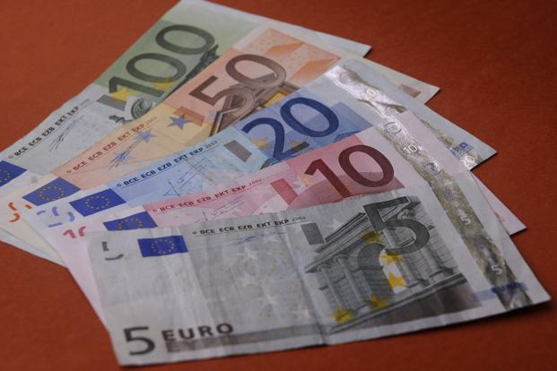 research papers euro currency market