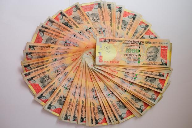 how to carry money from india to australia