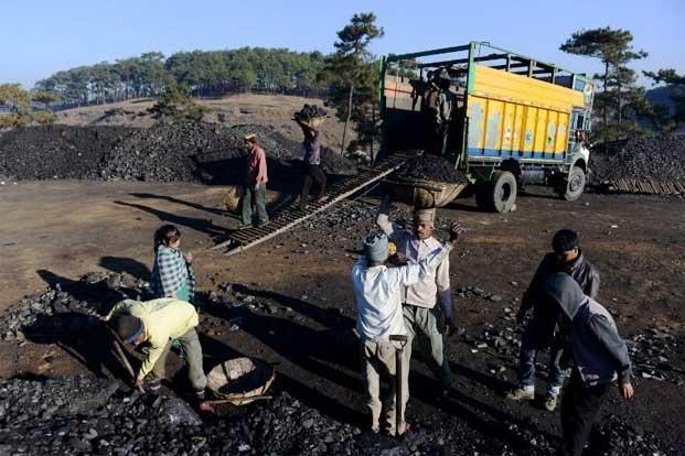 NTPC claims that while it is being charged for coal with a calorific value of 5,000 kcal/kg it is getting that with a calorific value of 3,500 kcal/kg. It has held back payment of `2,000 crore to CIL on this account and denies owing any money to the miner. Photo: AFP