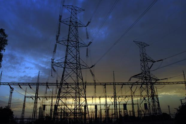 The increase in electricity tariffs will hit consumers, but should help reduce the losses of state-owned distribution companies (discoms)Photo: Ramesh Pathania/Mint