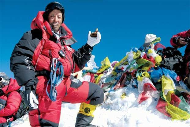 photo essay into thin air livemint though the sherpa community forms the backbone of any himalayan climbing expedition it rarely gets