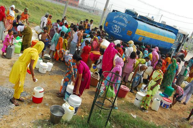 The nation with 120 crore people, which treats only 20% of its sewage, is pouring more money as inadequate clean water is threatening to stunt growth in industrial and farm output.  Photo: Priyanka Parashar (Priyanka Parashar)