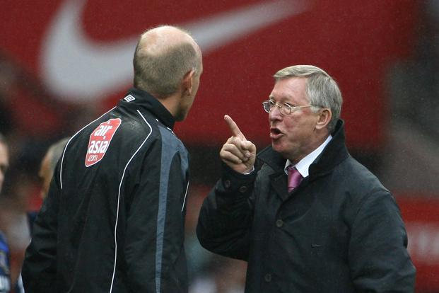 Fergie waves a finger at Steve Bennett during their English Premier League match on 23 September 2007. When he joined United on 6 November 1986, he inherited a team of underachievers stuck in the bottom four of Division one. Reuters