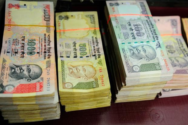 The rupee failed to benefit as much given Indian shares were volatile for most of the session, leading to dollar demand from custodian banks. Photo: Priyanka Parashar/Mint
