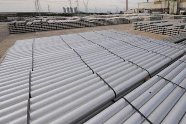 Nalco revises prices of its products to reflect global prices. It had last increased domestic prices of aluminium by Rs3,500 on 9 May. Photo: AFP (AFP)