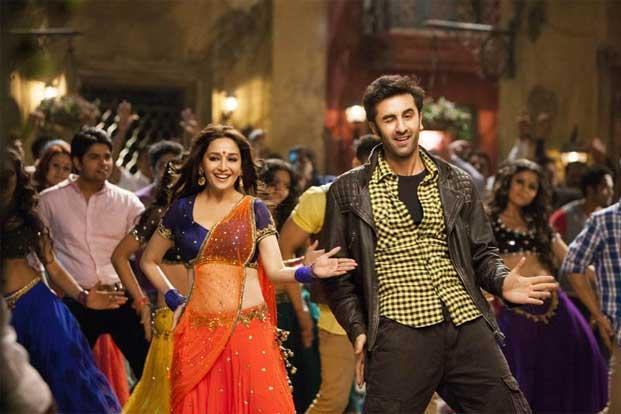 Madhuri Dixit's 'Ghagra', reaffirm the importance of the item song in the insecure life of a Bombay cinema actress