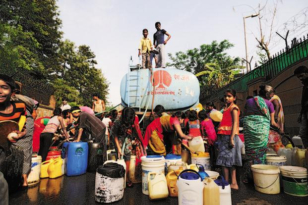 Indians who lack clean drinking water far outnumber those who cannot afford food. Photo: Pradep Gaur/Mint (Pradep Gaur/Mint)