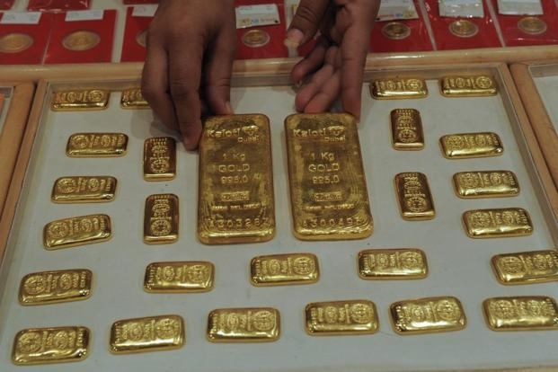 Finance minister P. Chidambaram on 13 June appealed to Indians to resist the temptation to buy gold for a year, saying reduced imports may help tackle the current account gap and the weakness in the rupee. Photo: AFP