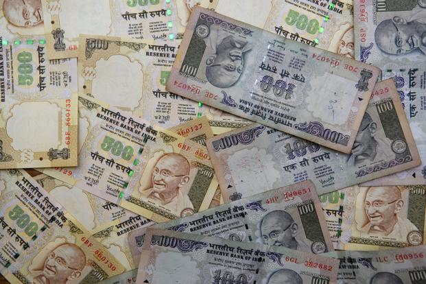If growth differentials continue to stay narrow and inflation differentials continue to stay wide, this will not be the last time we bemoan the sudden fall of the rupee. Photo: Mint