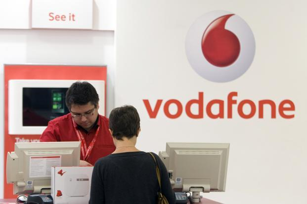 At the group level, Vodafone Group's service revenue fell 3.5% to £10.15 billion, the company said on Friday. Photo: Bloomberg