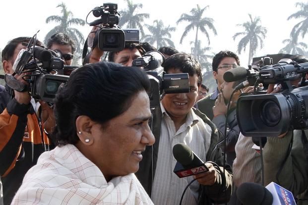 BSP chief Mayawati sought the division of Uttar Pradesh into smaller states on Wednesday, reviving an initiative she tried to push through in the last days of her previous term as the state's chief minister. Photo: HT (HT)