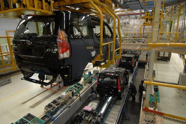 A file photo of the assembly line at Mahindra & Mahindra Auto at the company's plant in Nashik. Photo: Abhijit Bhatlekar/Mint (Abhijit Bhatlekar/Mint)